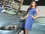 2012-china-beijing-auto-show-girls-8