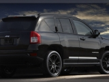 2012-jeep-compass-altitude-rear-side