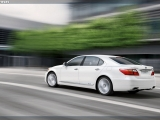 2010-lexus-ls-600h-side-3