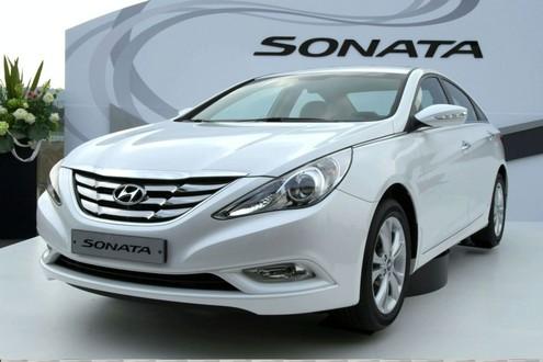 2011 Hyundai Sonata Pictures