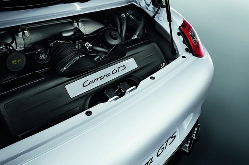 Porsche 911 Carrera GTS Unveiled Porsche 911 Carrera GTS 7