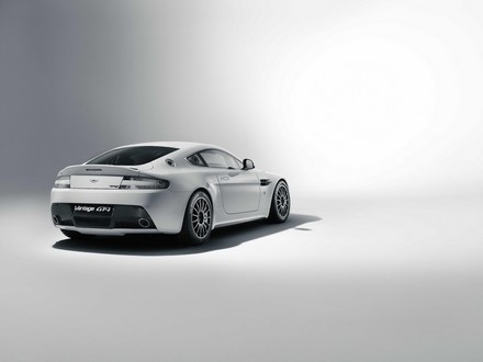 Revised Aston Martin Vantage GT4 For 2011 2011 Aston Martin Vantage GT4 4