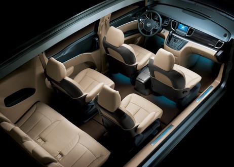 2011 Buick GL8 MPV Revealed