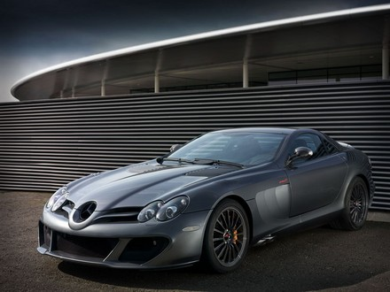 SLR McLaren Edition at Mercedes SLR McLaren Edition
