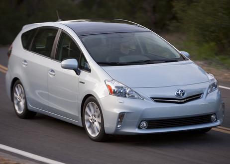 Toyota-Prius-V-2.jpg