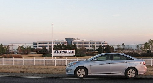 hyundai sonata hybrid sets mpg record. Black Bedroom Furniture Sets. Home Design Ideas