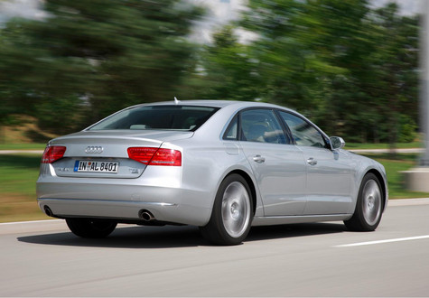 Audi A8 W12 Engine. Long Wheelbase Audi A8
