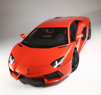 Lamborghini Aventador LP700 4: New Leaked Pictures  lp700 1