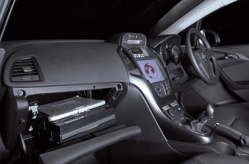 Vauxhall Astra Gets InDash PC