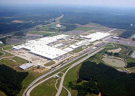 Daimler invests 2 billion in alabama plant for Mercedes benz tuscaloosa alabama
