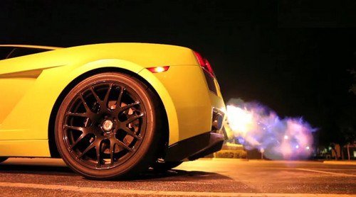 gallrdo flames at Underground Racing Gallardo Throwing Flames [Video]