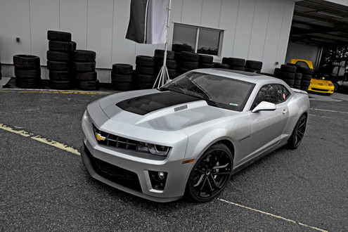 2012 Camaro ZL1 037 at Shelby GT500 or Camaro ZL1   Which Is Better