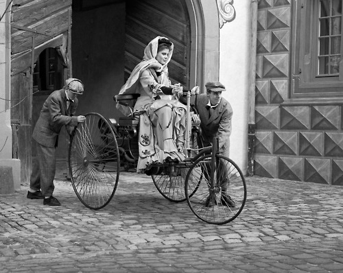Bertha Benz at History of Mercedes