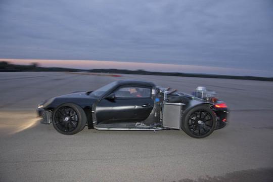 918 spyder prototype 4 at More Porsche 918 Prototype Footage From Nardo