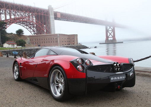 Pagani Huayra 2012 at Must Watch: Pagani Huayra Documentary