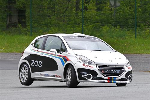 Peugeot 208 R2 Rally Car Unveiled