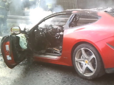 Another Ferrari FF Goes Up In Flames ferrari ff fire n 3
