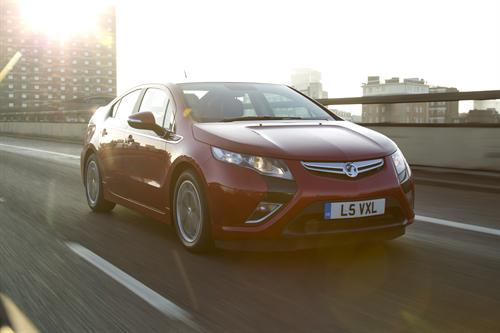Amppera UK Vauxhall Ampera Pricing and Specs