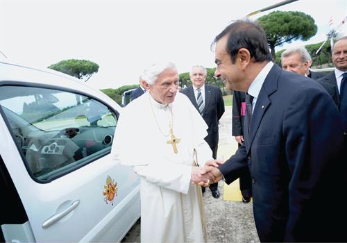 http://www.motorward.com/wp-content/images/2012/09/Pope-Benedict-XVI-EV-2.jpg