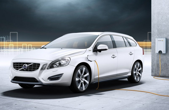 Volvo V60 Plug in Hybrid at Volvo V60 Hybrid Named Safest Electrified Car by NCAP