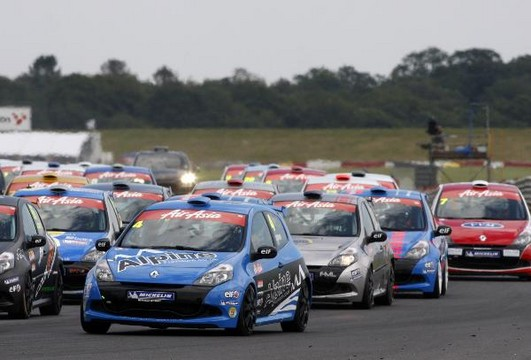 Renault Clio Cup at Entry Level Renault Clio Cup Series Launches In UK