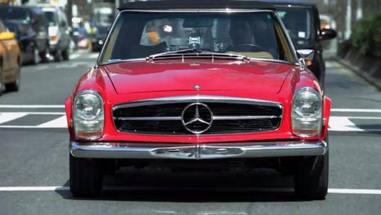 1970 Mercedes Benz 280 SL at Cars and Comedy