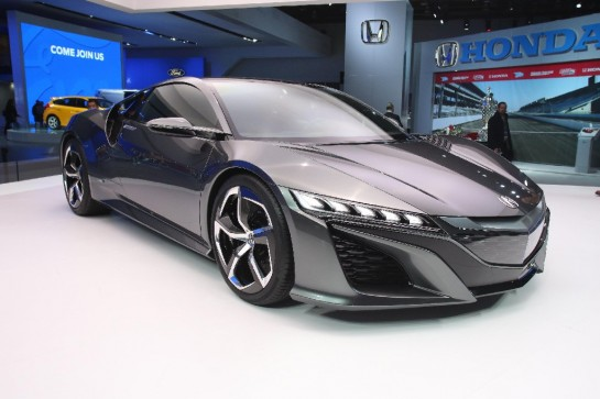 Acura NSX Unveiling 1 545x363 at NAIAS 2013: Acura NSX Unveiling Video