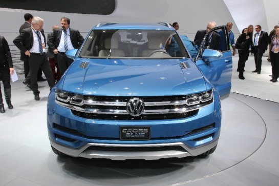 CrossBlue Concept Debut 545x363 at NAIAS 2013: VW CrossBlue Concept Unveiling Video