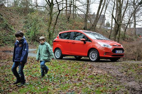 Ford B MAX at Ford B MAX Declared Child Proof   Video