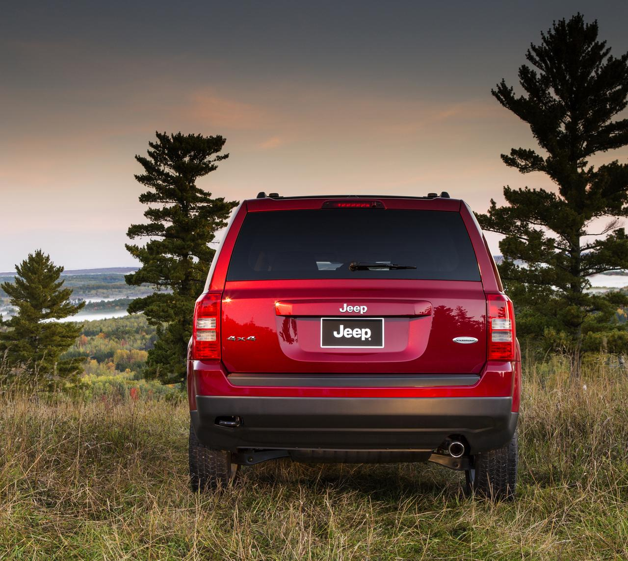 NAIAS 2013: 2014 Jeep Compass And Patriot Update