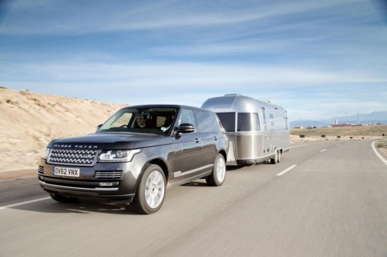 Range Rover Airstream 1 545x362 at 2013 Range Rover Tackles Airstream Challenge