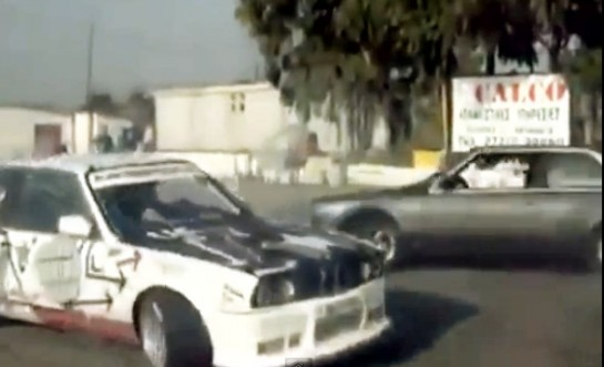 one man wo donut 545x331 at Video: One Man Donuts Two Cars Simultaneously!