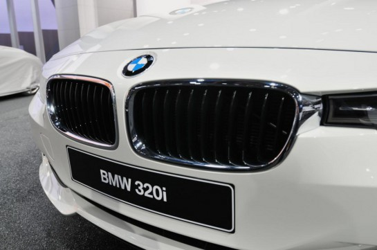 2013 BMW 320i Sedan 545x361 at Unveiling BMWs new 320i Sedan at entry level price