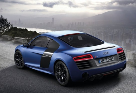 Audi R8 V10 Plus 545x372 at Audi R8 V10 Plus Features Highlighted in Video