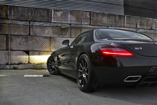 Black on Black SLS 5 545x363 at Gallery: Black on Black ADV1 Mercedes SLS