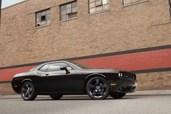 Dodge Challenger RT Redline 1 545x363 at Chicago Debut for Dodge Challenger R/T Redline