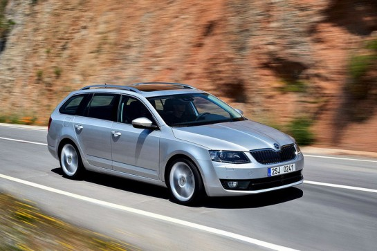 Skoda Octavia Combi 2 545x363 at Skoda Octavia Combi Officially Unveiled