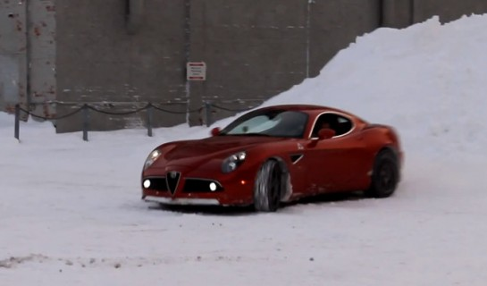 snow fun 8C 545x320 at Snow Fun with Alfa 8C and Porsche 911