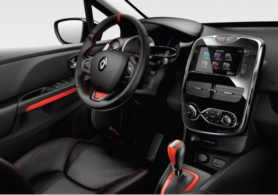 Clio RS 200 int 545x382 at New Renault Clio RS 200 Priced from £18,995 (UK)