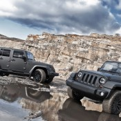 Matte Grey Jeep Wrangler 1 175x175 at DMC Bentley Continental GTC Duro Teased