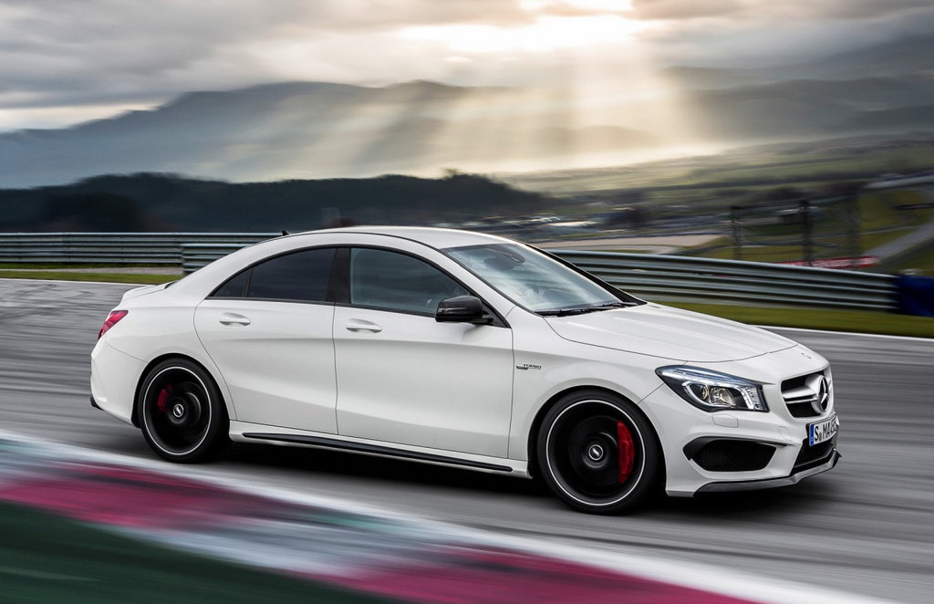 mercedes cla 45 amg first official pictures. Black Bedroom Furniture Sets. Home Design Ideas