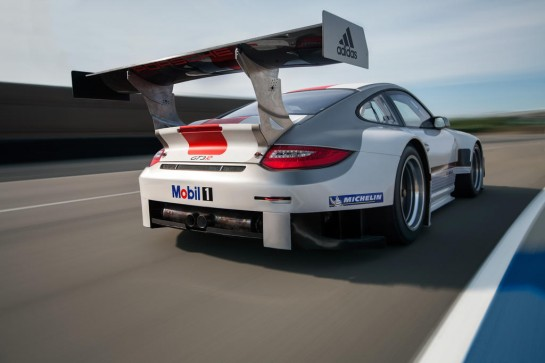 Porsche 911 GT3 R 3 545x363 at Updated Porsche 911 GT3 R (997) Announced