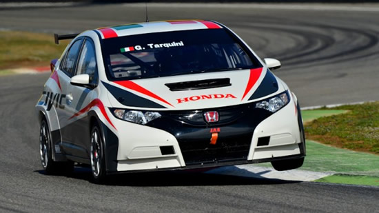 Tarquini at 2013 FIA World Touring Car Championship (WTCC)