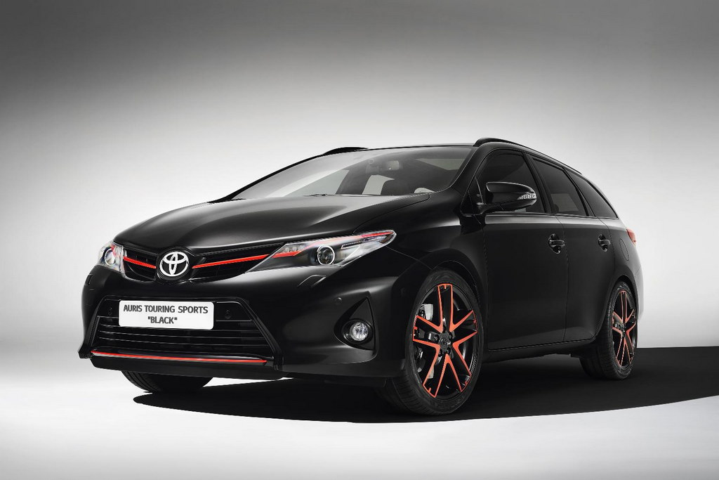 2013 geneva toyota auris touring sports black. Black Bedroom Furniture Sets. Home Design Ideas
