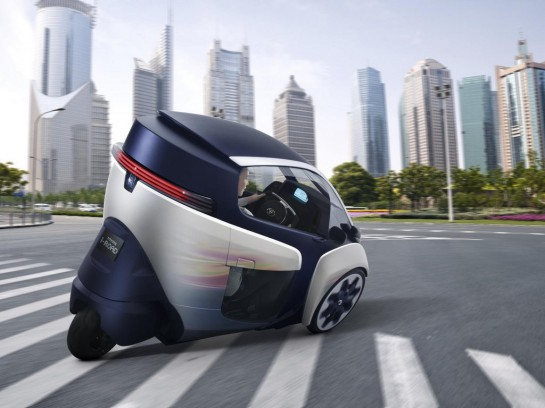 Video Promo For Toyota i-ROAD