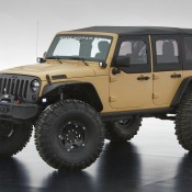 moab jeeps 3 175x175 at 2013 Moab Safari Concept Jeeps Revealed   Video