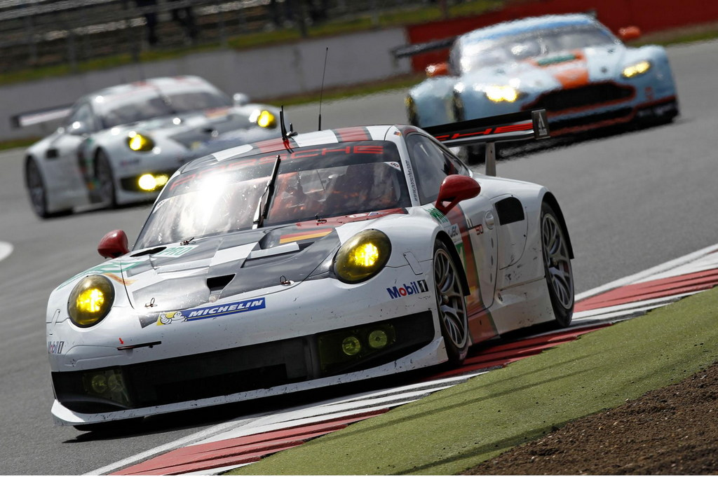 fourth place for porsche 991 rsr on its debut race. Black Bedroom Furniture Sets. Home Design Ideas