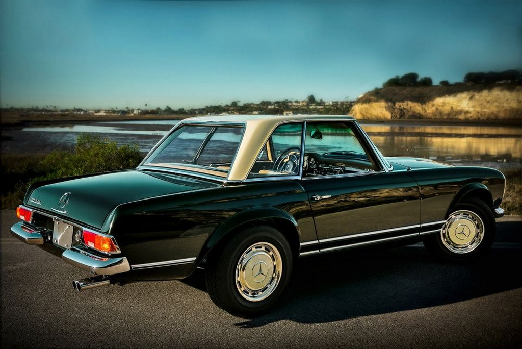 Gallery dark olive mercedes sl pagoda w113 for Mercedes benz 280sl pagoda