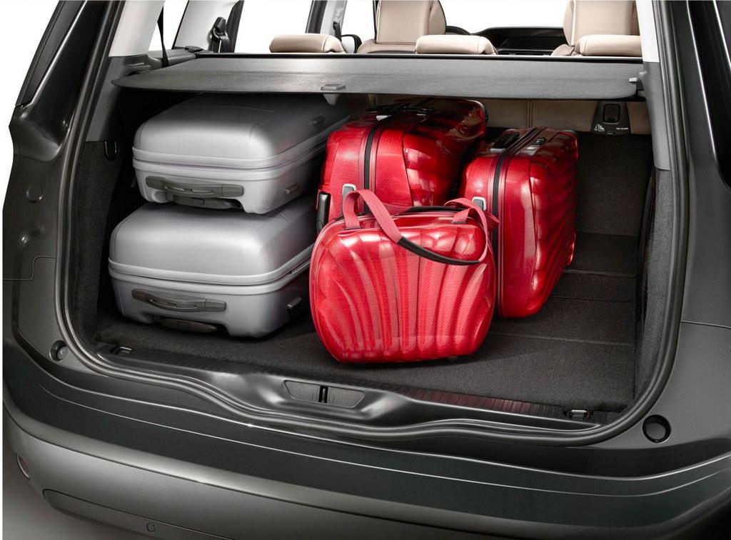 Новая фото Citroen Grand C4 Pica…