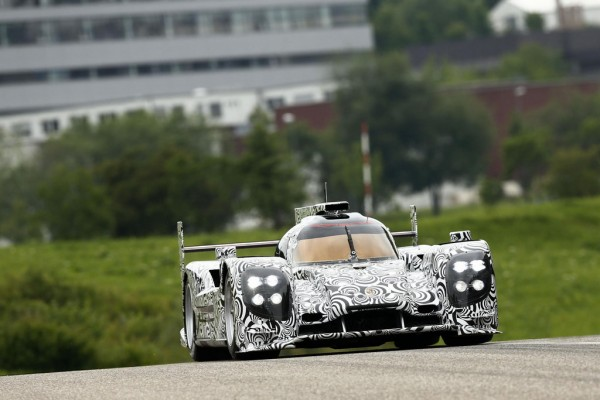 Mark Webber joins Porsche 1 600x400 at Mark Webber Joins Porsche 2014 Le Mans Program